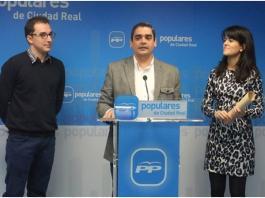 David Marín, María Jesús Pelayo y Alberto Valdelomar