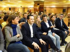 Leopoldo Sierra acompañado de Alicia Sánchez Camacho
