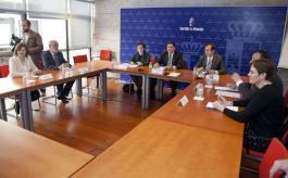 Reunión de José Ignacio Echániz  con los farmacéuticos